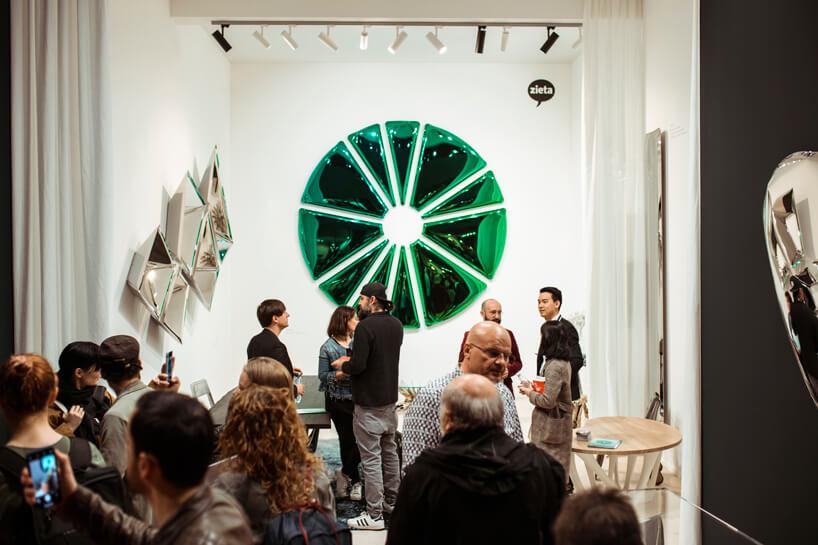 wyjątkowe zielonkawe lustro od Oskara Zięty