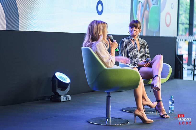 jeden zgości podczas rozmowy na scenie See Bloggers 2019