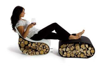 siedzisko wypełnione drewnianymi klockami