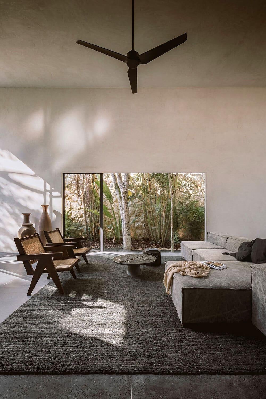 Spokojna przystań wdżungli: minimalistyczny dom wTulum wMeksyku