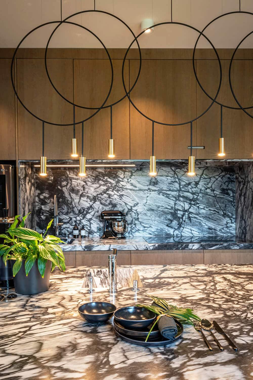 Stare złoto ikamień mydlany. 250-metrowy apartament wKrakowie