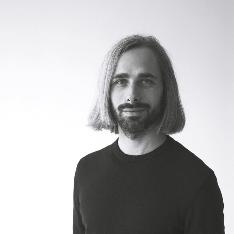 czarno-białe zdjęcie Krystiana Kowalskiego