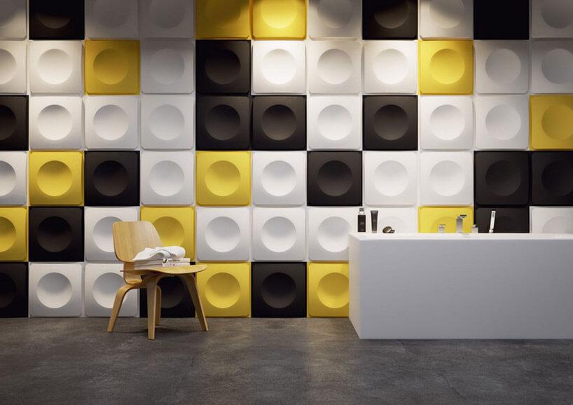 ściana zpaneli przestrzennych przypominających przyciski