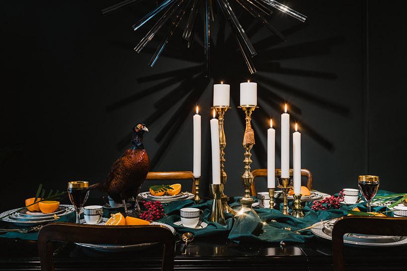dekoracja świąteczna stołu zbażantem