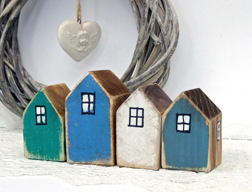 kolorowe domeczki świąteczne