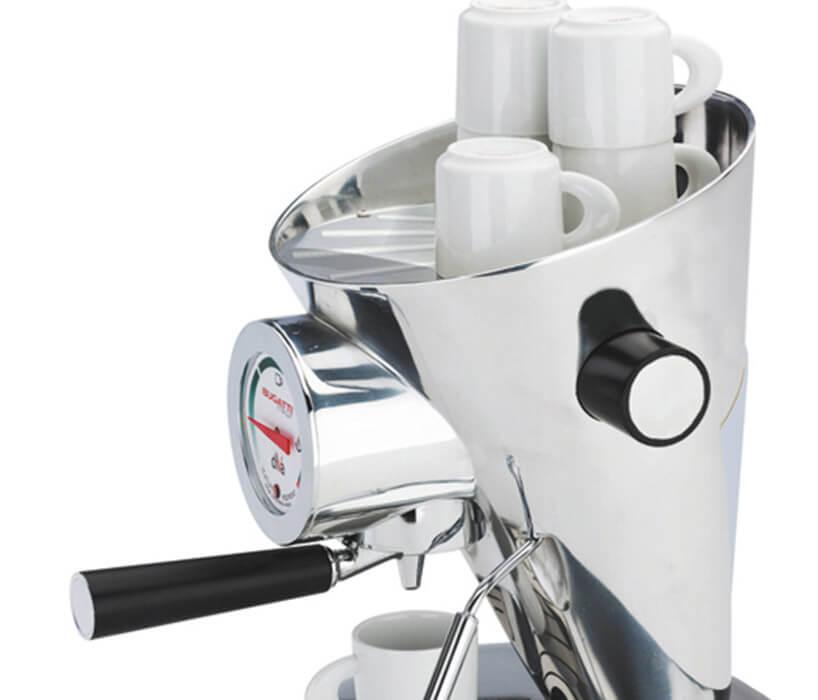 ekspres do kawy zmałymi filiżankami