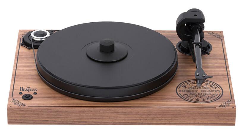 drewniany gramofon The Beatles