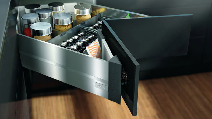 szuflada znarożnej szafki wnowoczesnym kształcie