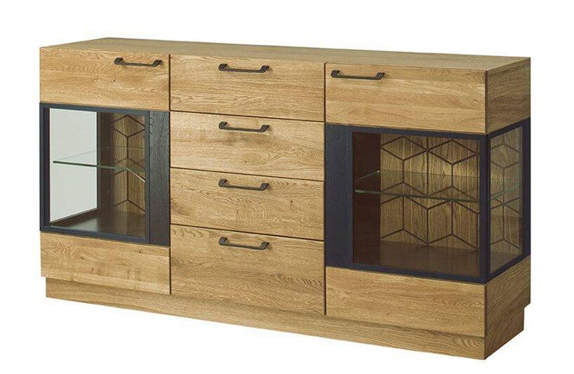 drewniana komoda ze szklanymi ściankami