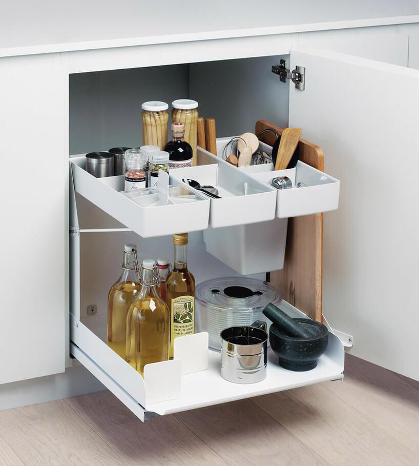 wysuwana na szynach dwu poziomowa szafka kuchenna