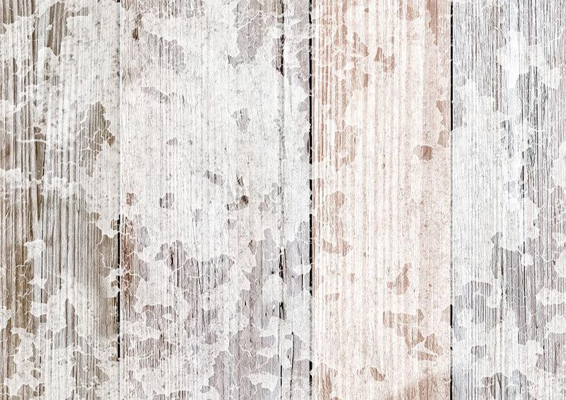 tapeta imitująca drewno zbiałą warstwą