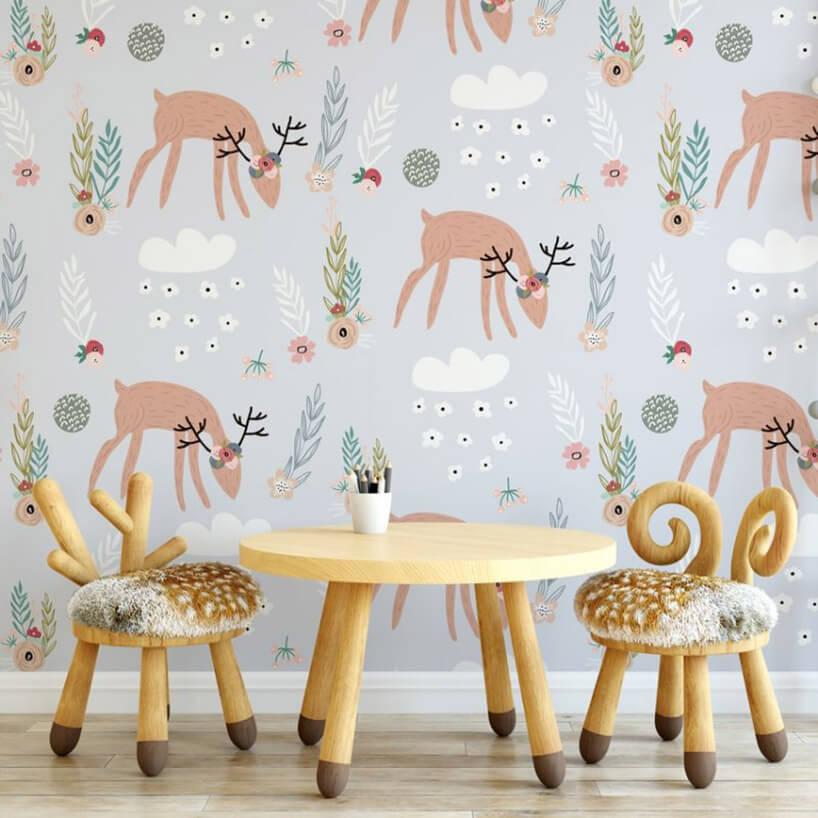stolik ikrzesła wmotywie jeleni na tle tapety