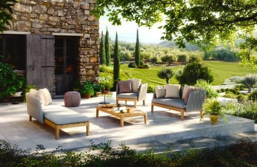 Taras na lato: świetnie zaprojektowana oaza relaksu