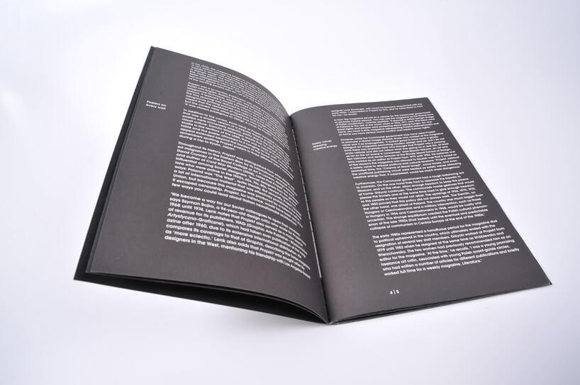 biały tekst na czarnym tle