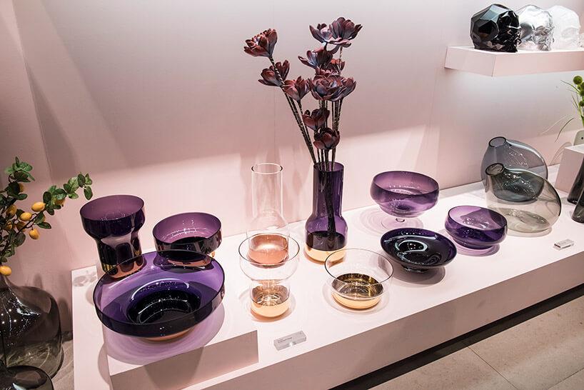 zestaw fioletowych szklanych dekoracji