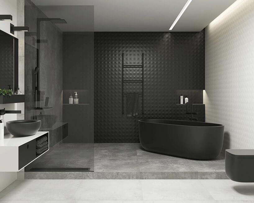 duża czarno-biała łazienka