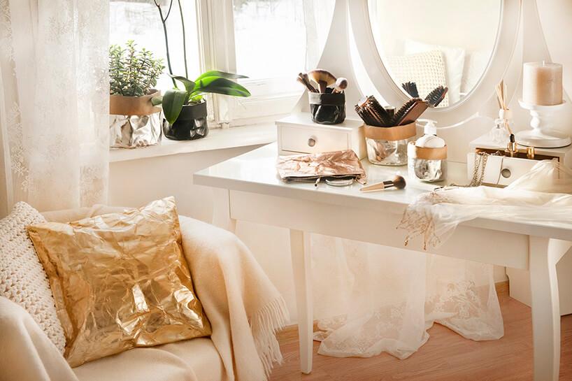 biały stół ifotel