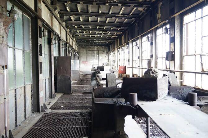 linia produkcyjna wstarej fabryce