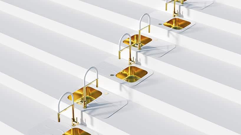 białe schody wraca ze złotymi zlewami iwylewkami