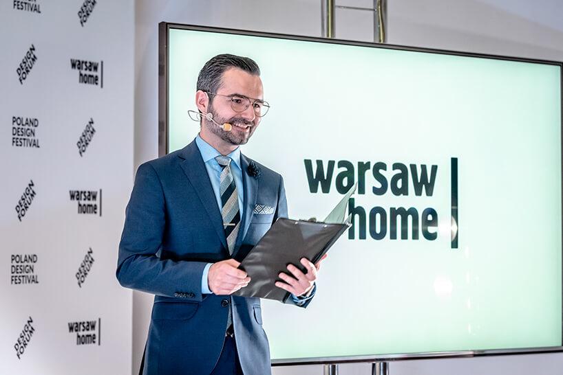 prowadzący konferencję prasową warsaw home 2019 Michał Mazur