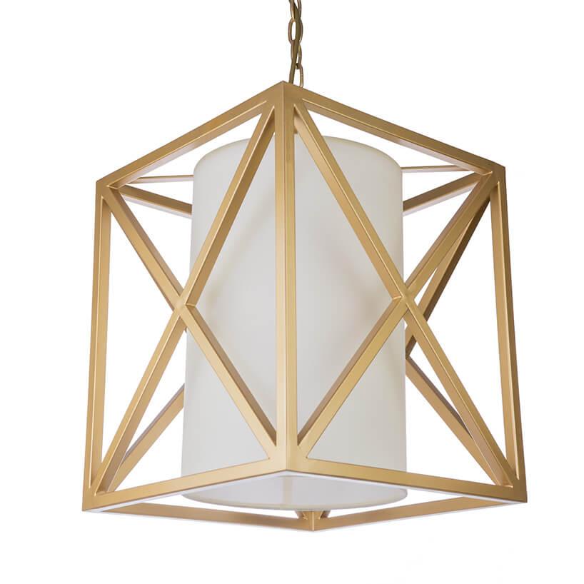 lampa ze złotym stelażem