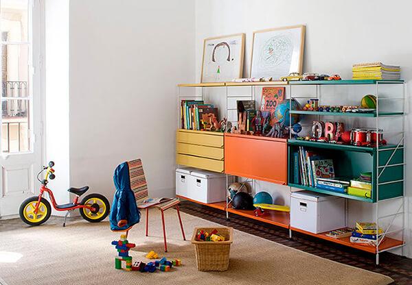 kolorowo zaaranżowana przestrzeń pokoju dziecięcego