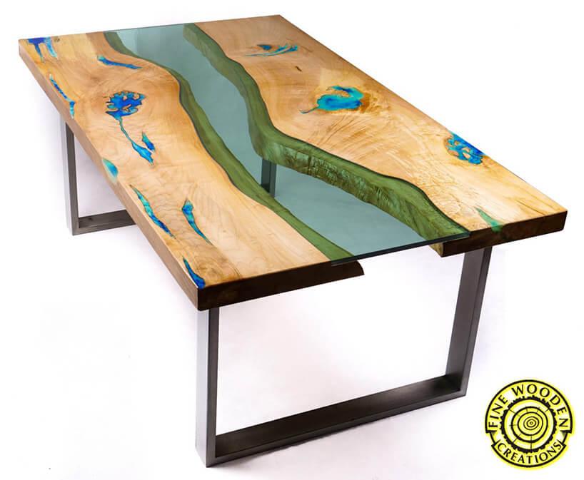 stół zblatem zdrewna iszkła