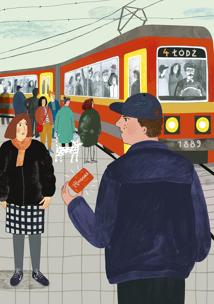ludzie na przystanku tramwajowym