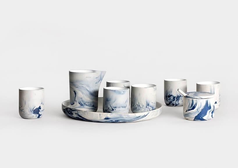 ceramika wniebieski wzór